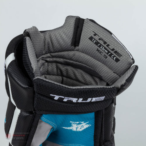 gloves-true-xc9-sr-bk-detail-1527